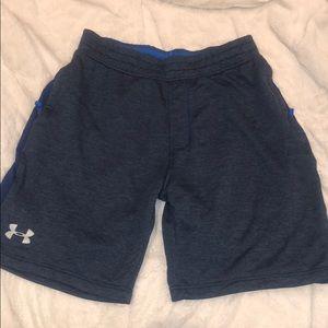 Men's Under Armour shorts size large
